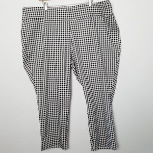 Old Navy Plus WOW Pant Gingham 24Plus/Short